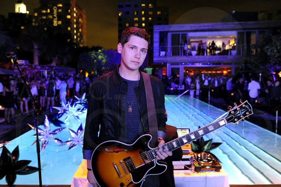 Cris Cab at Hyde Beach at SLS NYE