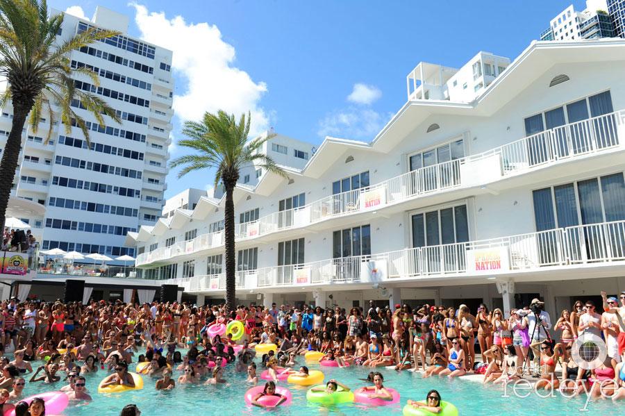 Best Summer Pool Parties Shelborne World Red Eye