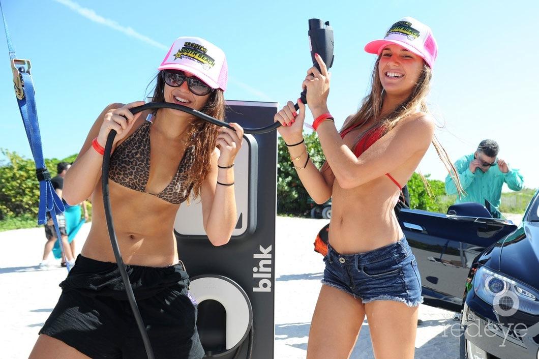 10-Lauren-Goodman-&-Cyndi-Perera1