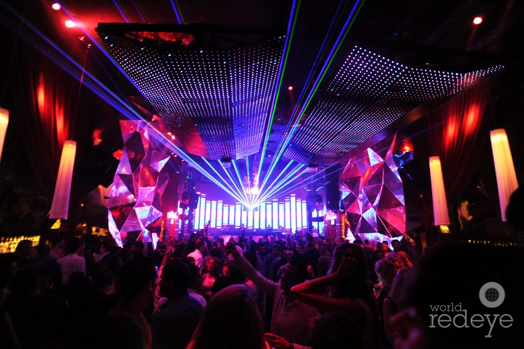 _2-Atmosphere-at-SET-Nightclub-5