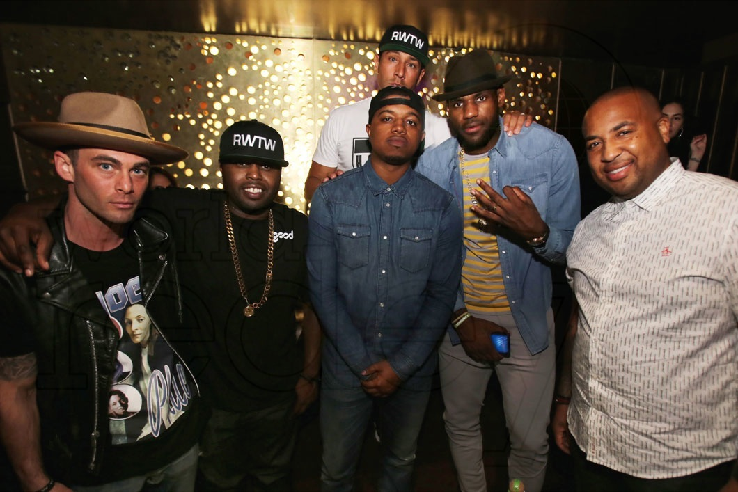 _2-Mike-Hurley,-Steph-Floss,-Frankie,-Dave,-LeBron-James,-&-Randy-Mims