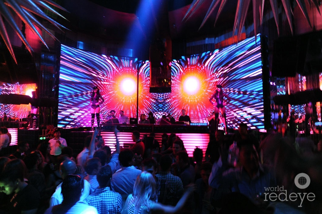 _6-Atmosphere-at-SET-Nightclub-2