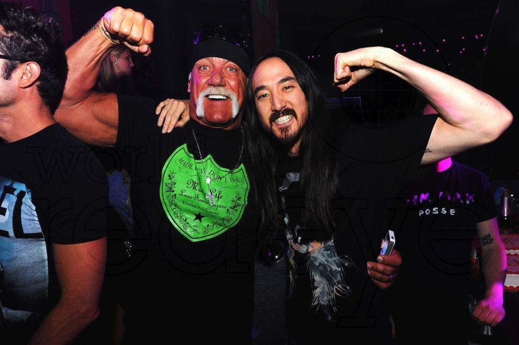 _1-Hulk-Hogan-&-Steve-Aoki1