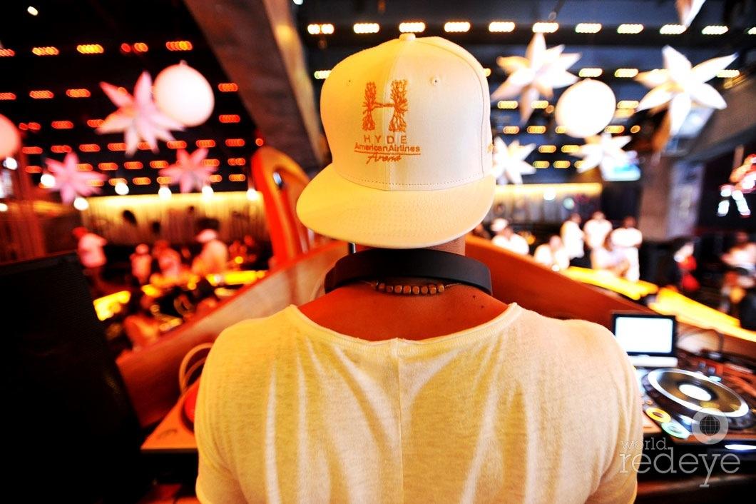 _4-Leo-Medina-DJing3