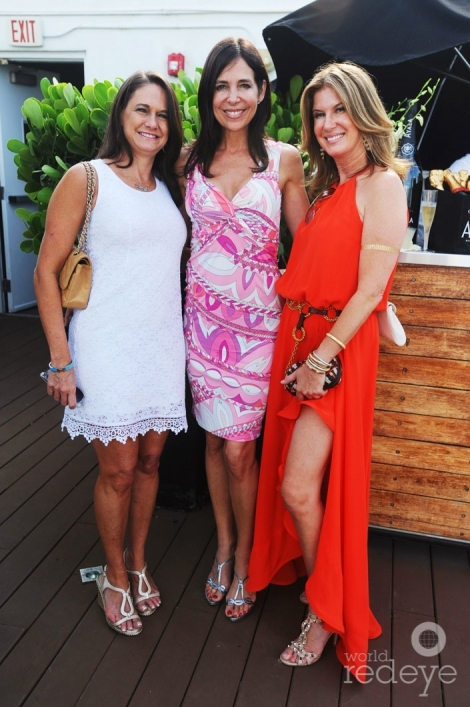 Faye Bochner, Vivianne del Rio, & Dana Shear