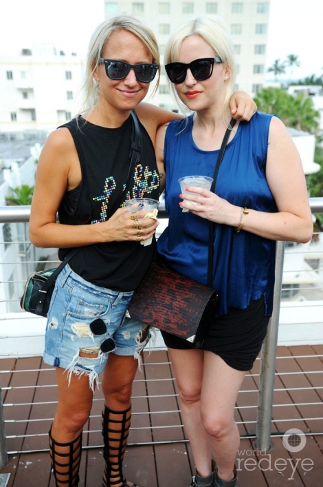 _48-Heidi-Hoelzer-&-Melissa-Selbert1