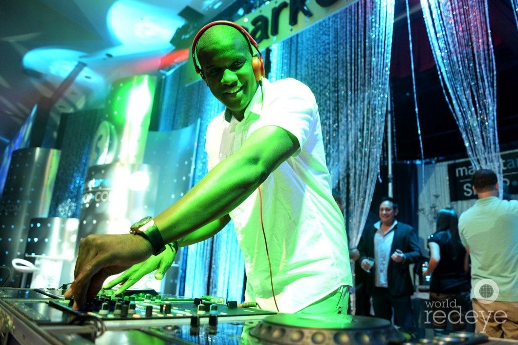 _14-DJ-Sandman