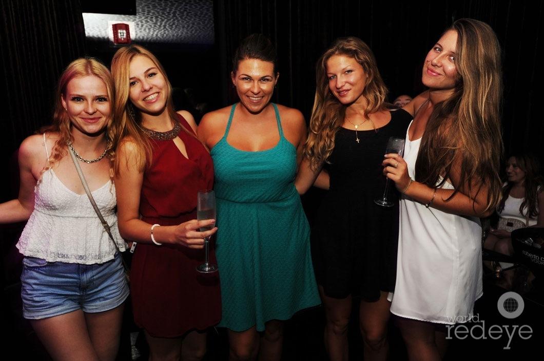 19-Daria-Kroutiakova,-Camila-Aime,-Kalyna-Sanajko,-Annemarija-Asare,-&-Tanya-Vasilenko