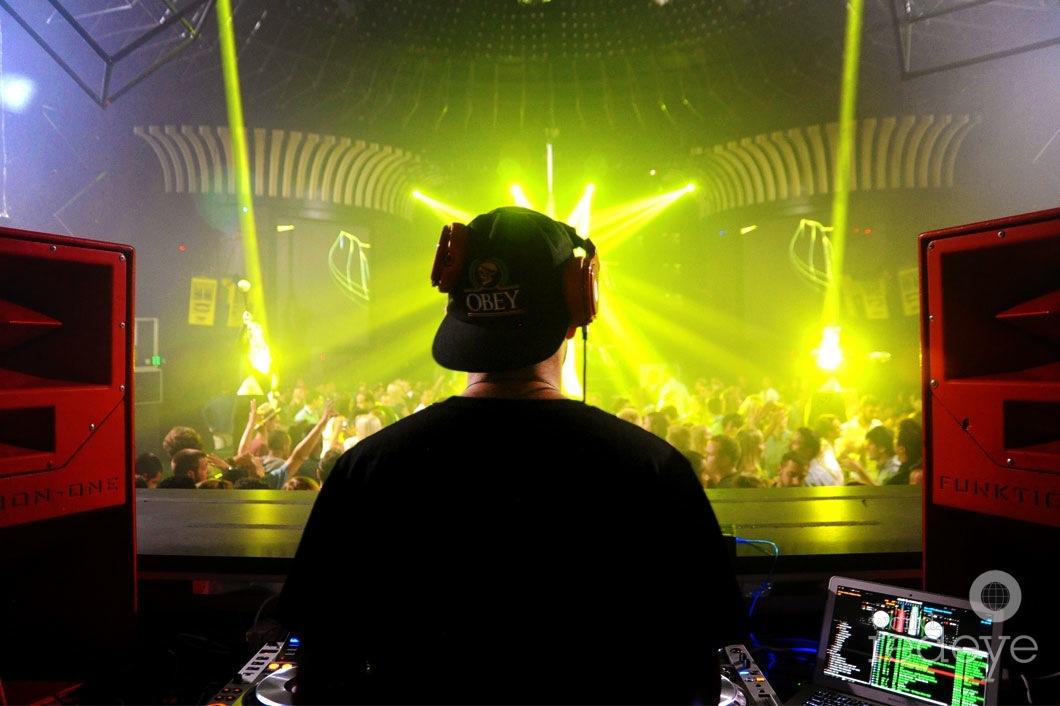 2-Damaged-Goods-DJing