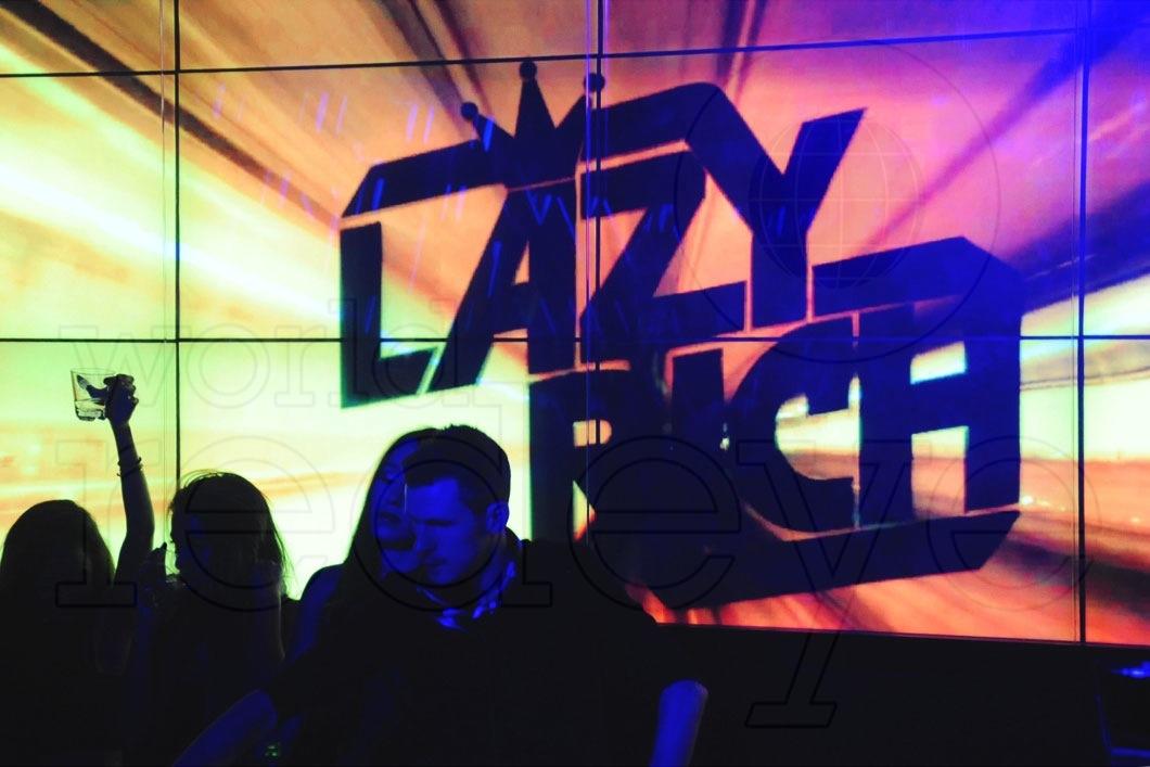 2-Lazy-Rich-DJing5