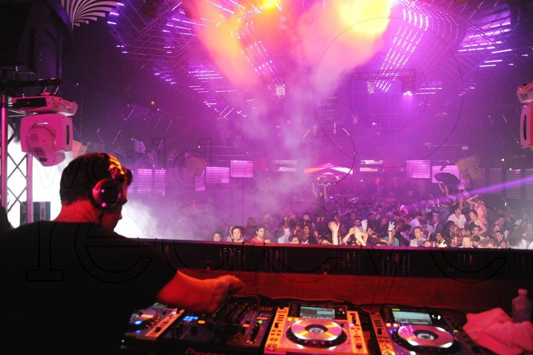 3-Markus-Schulz-DJing6