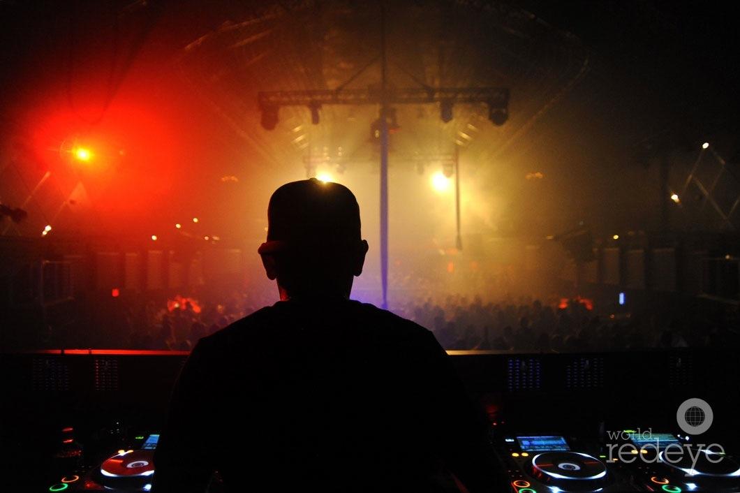 8-Dj-Laurence-DJing3