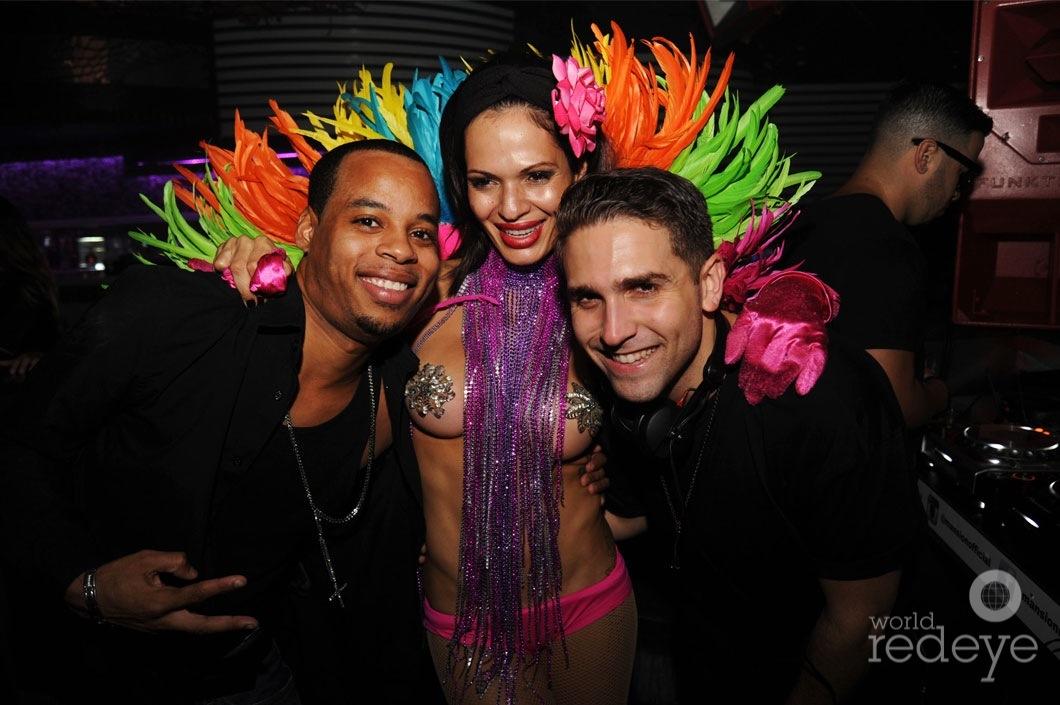 15Anthony-Vega,-Nina,-&-Chris-Valencia