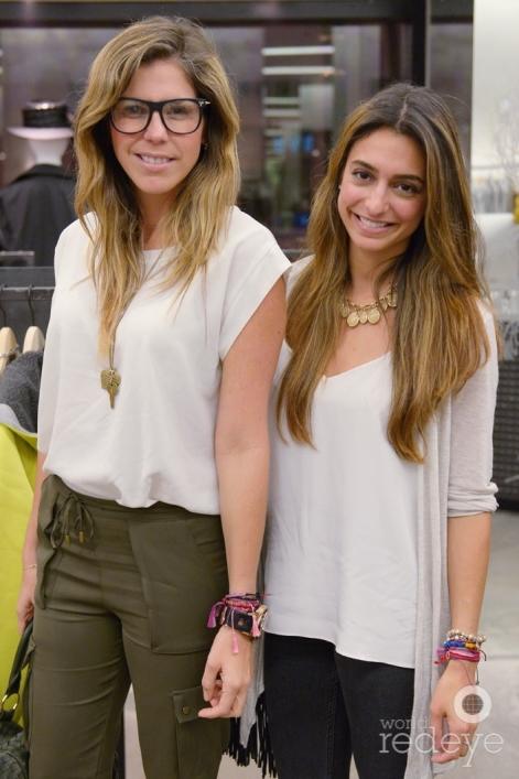 14-Bea-Pernia-&-Valeria-Hinojosa