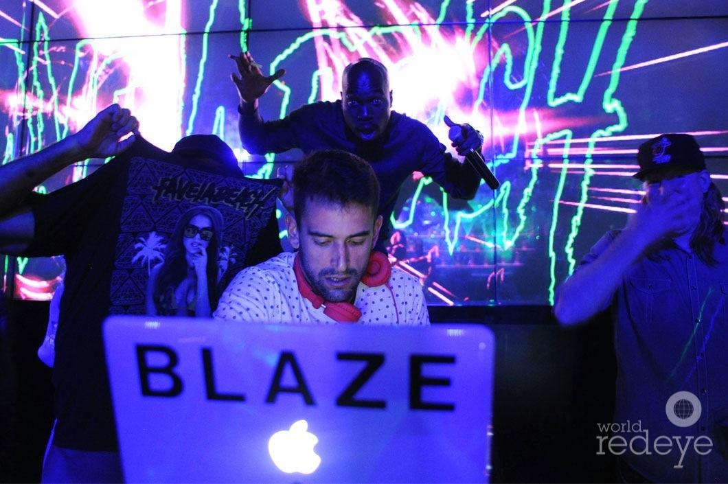 23-Blaze-Carreras-DJing4