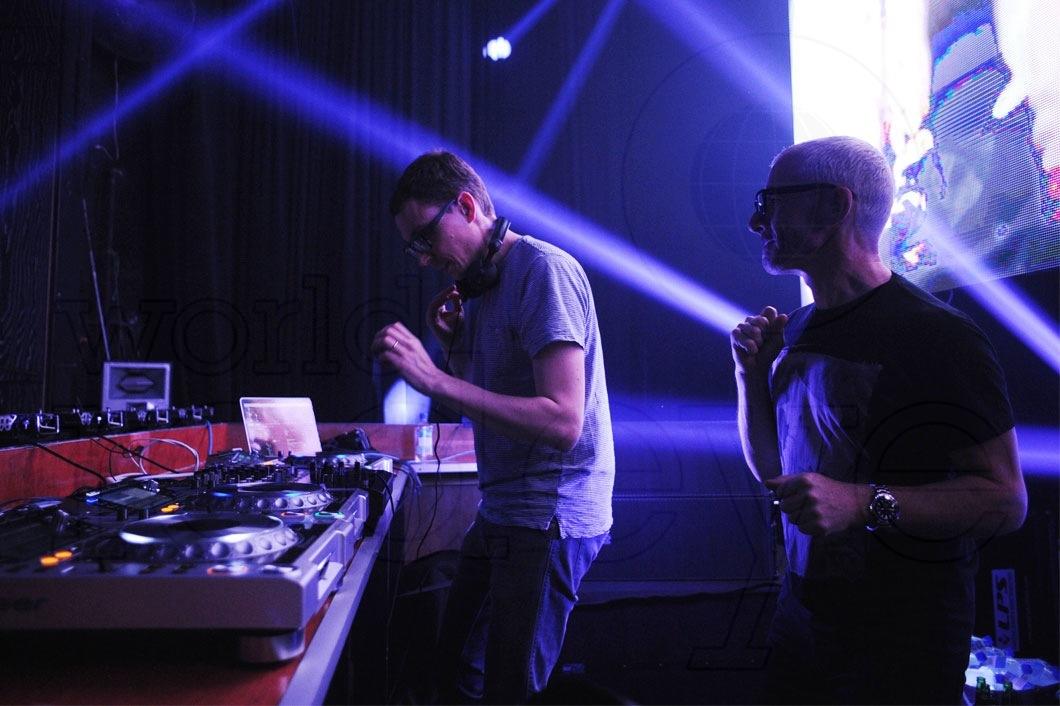 29-Above-&-Beyond-DJing