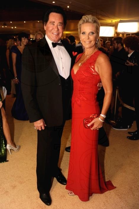7.5-Wayne-Newton-&-Kathleen-McCrone