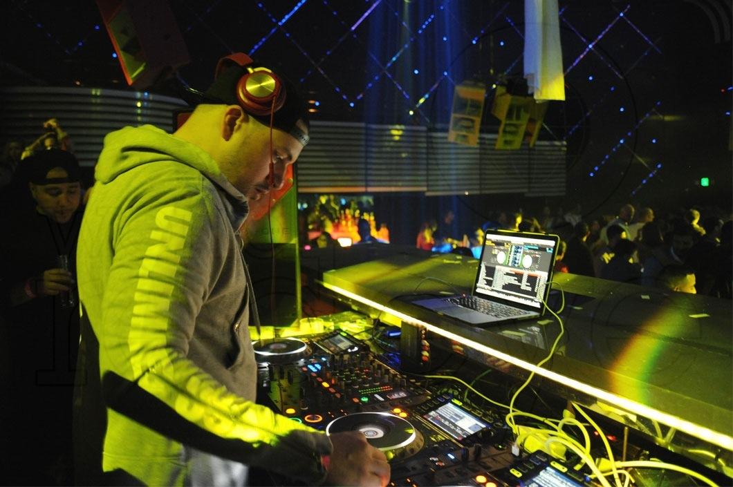 02-DJ-Prostyle-djing-2