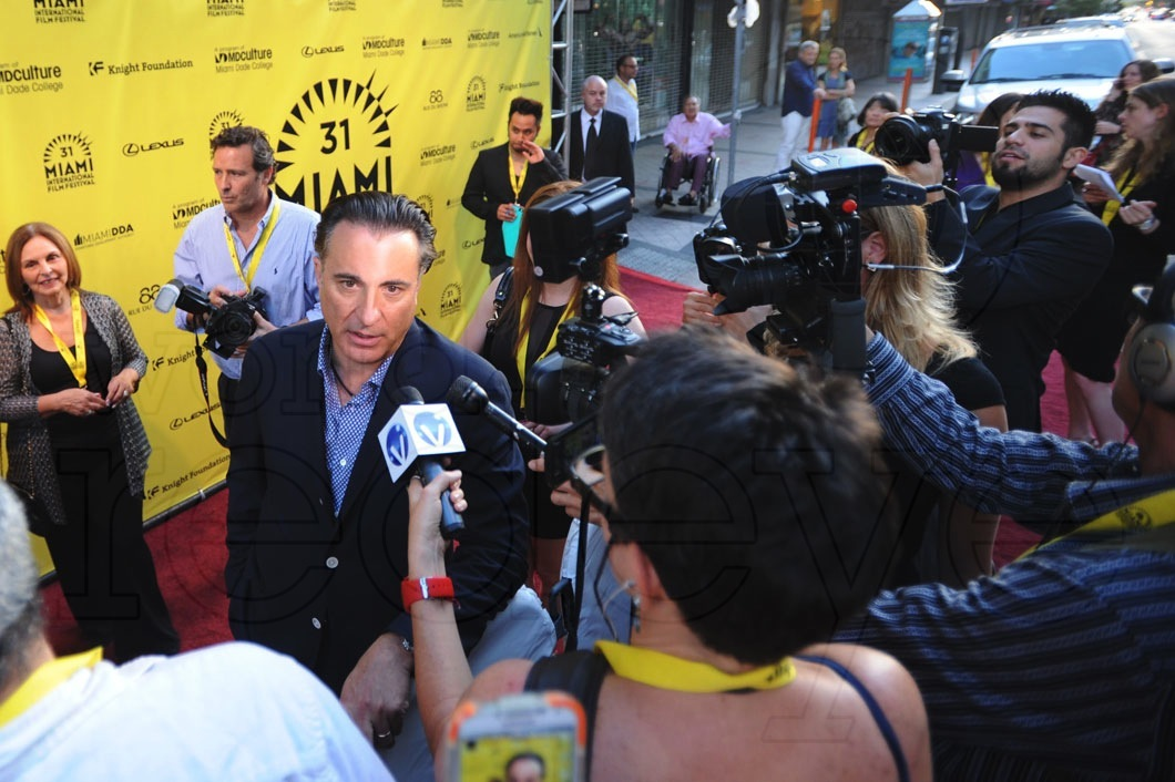 1.5-Andy-Garcia-with-media1
