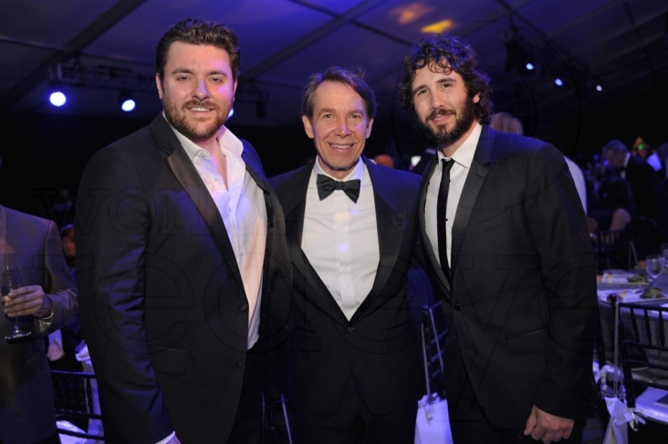 1.5-Chris Young, Jeff Koons, & Josh Groban