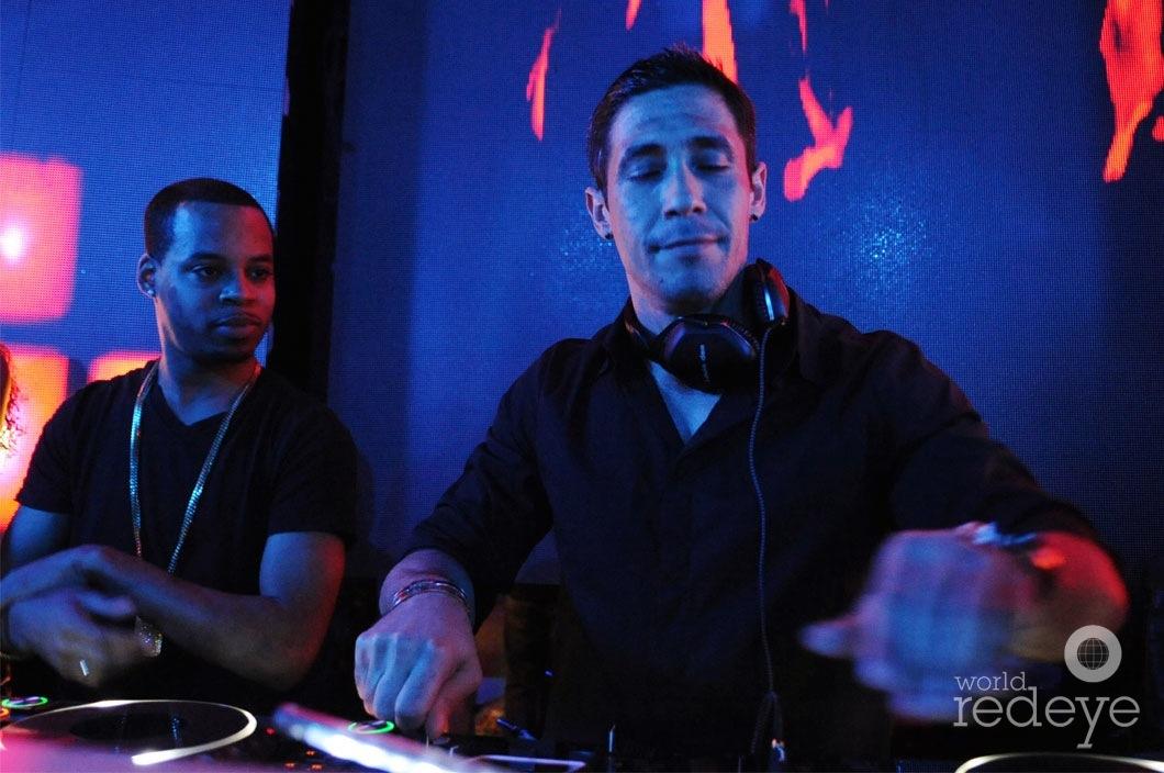 20-22-DJ-Louis-dee1