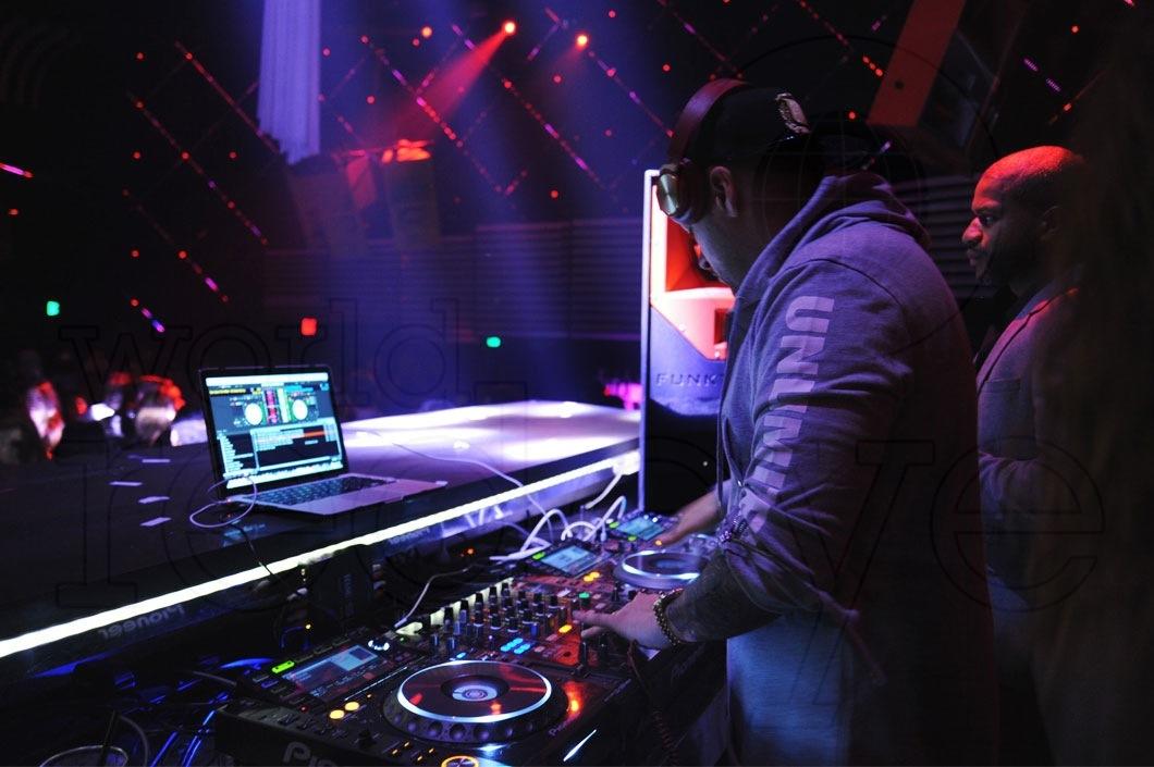 31-DJ-Prostyle-djing