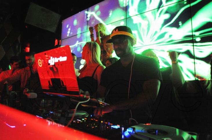 01- DJ Irie2