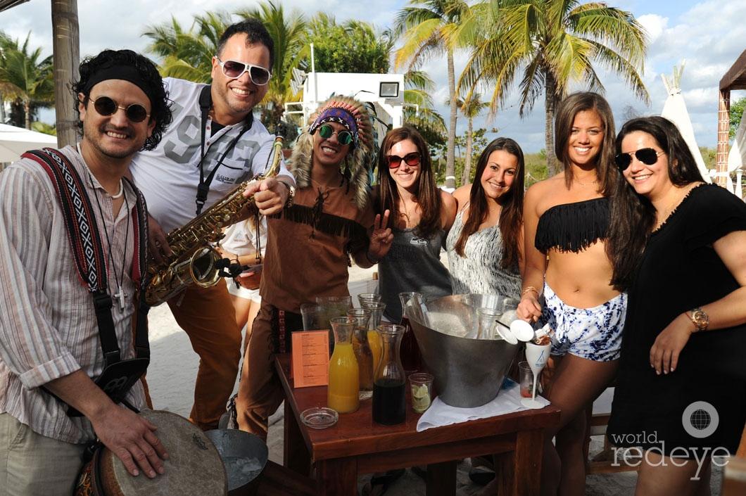 23- Tany Allende, Will Corujo, Nicole Kressaty, Nicole Miceli, & Friends_new
