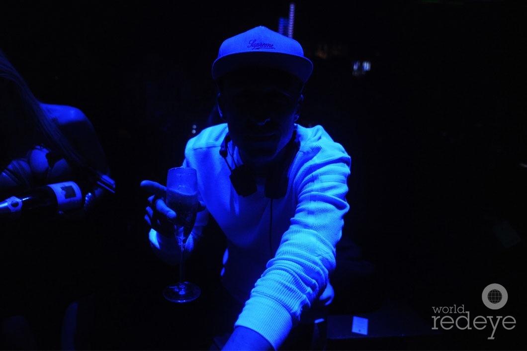26- VICE DJing9