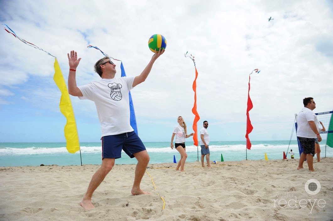 9=Tim Love playing volleyball