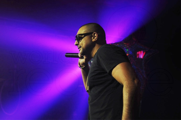 01- Sean Paul performing 18_new