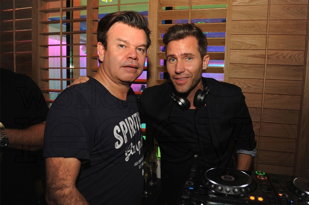 01-Zen Freeman & Paul Oakenfold
