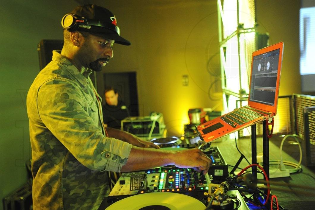 04- DJ Irie 4