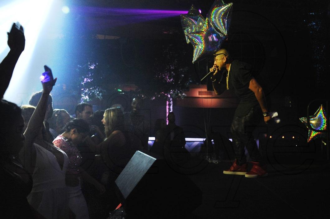 10- Sean Paul performing 54_new