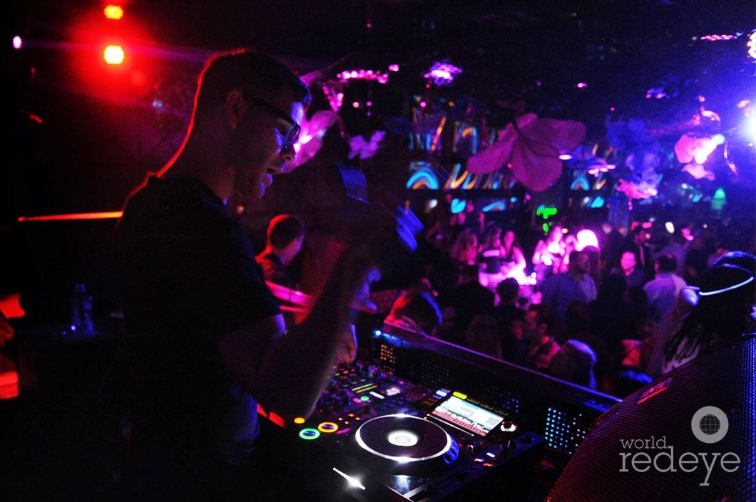 11- DJ Rascal djing_new
