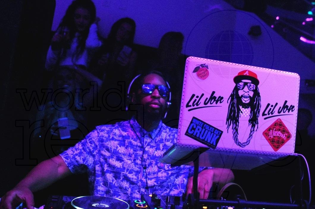 13-Lil Jon DJing29