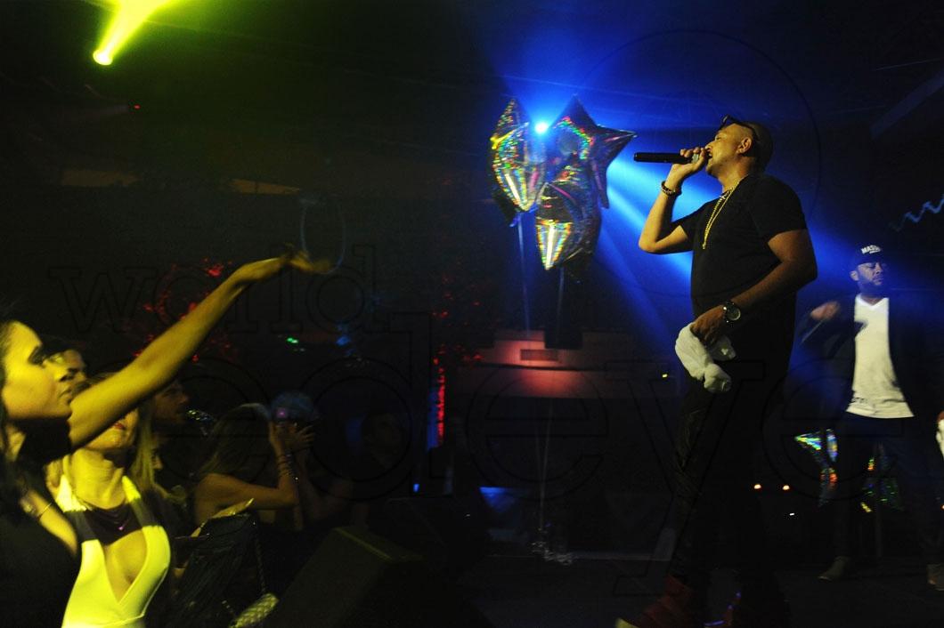 13- Sean Paul performing 49_new