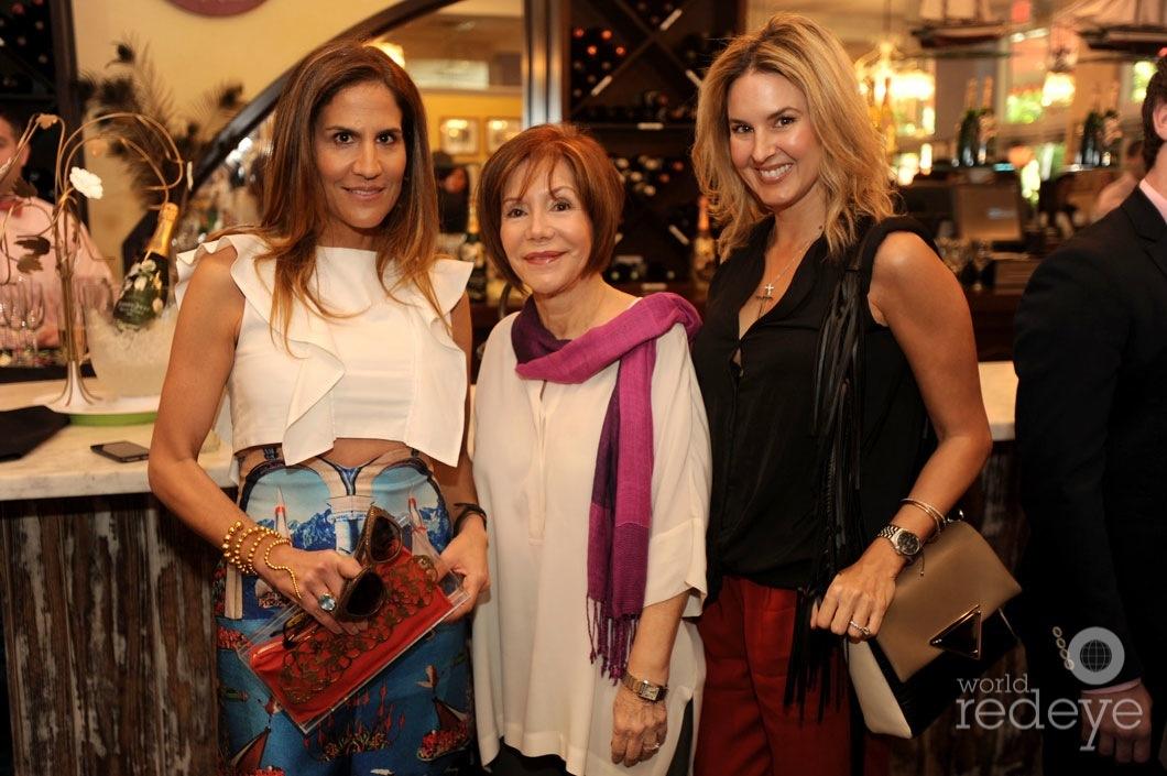 26-Katalina Bernal, Vivian Calvo, & Romina Nabhen