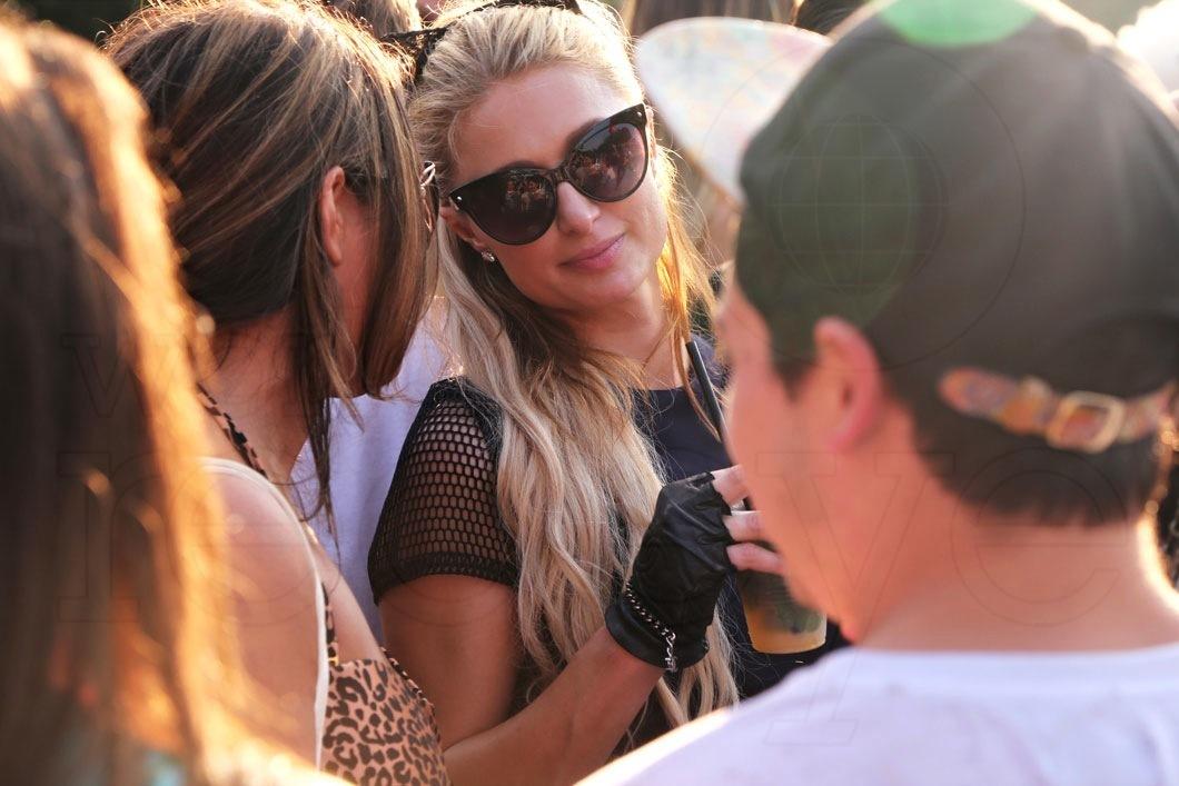 38- Paris Hilton
