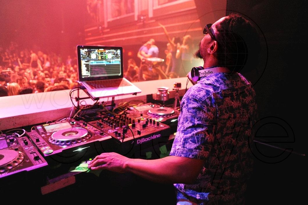 Lil Jon DJing54