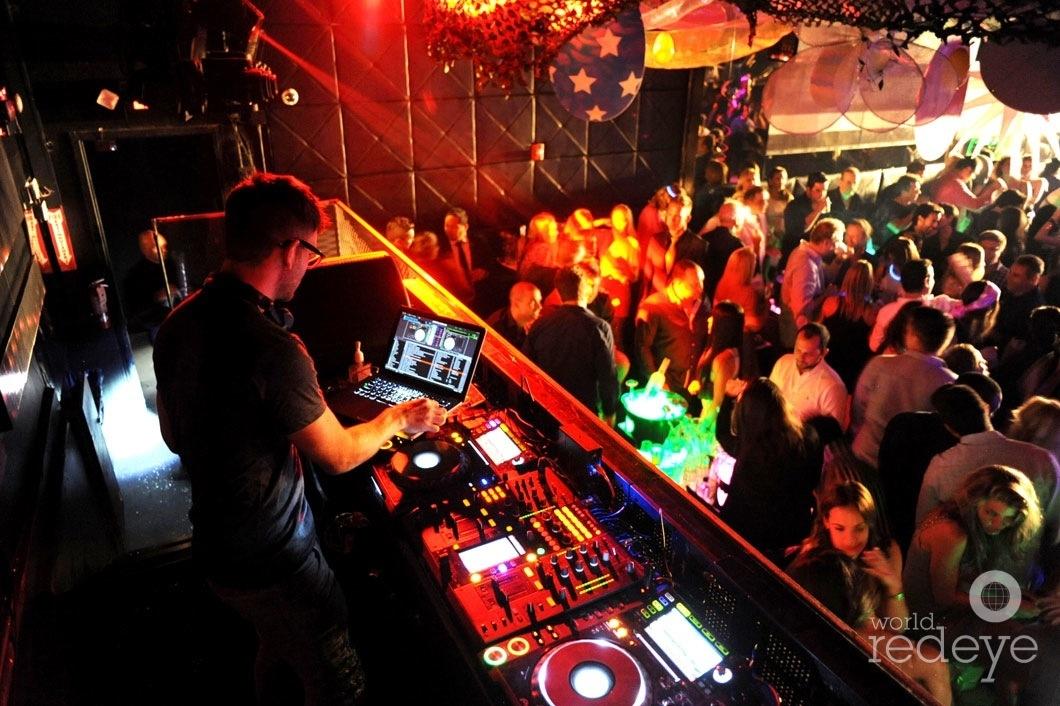 14-Rascal DJing4