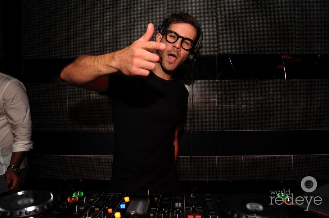 12-DJ Rascal