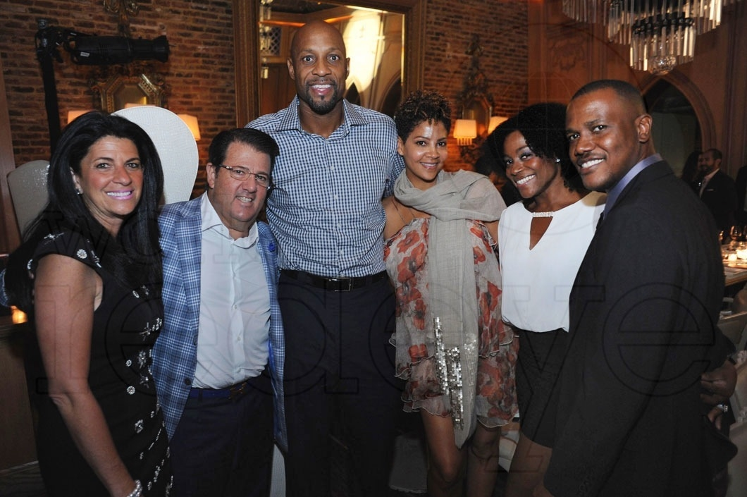 18-Alonzo Mourning, Amaris Jones & Friends