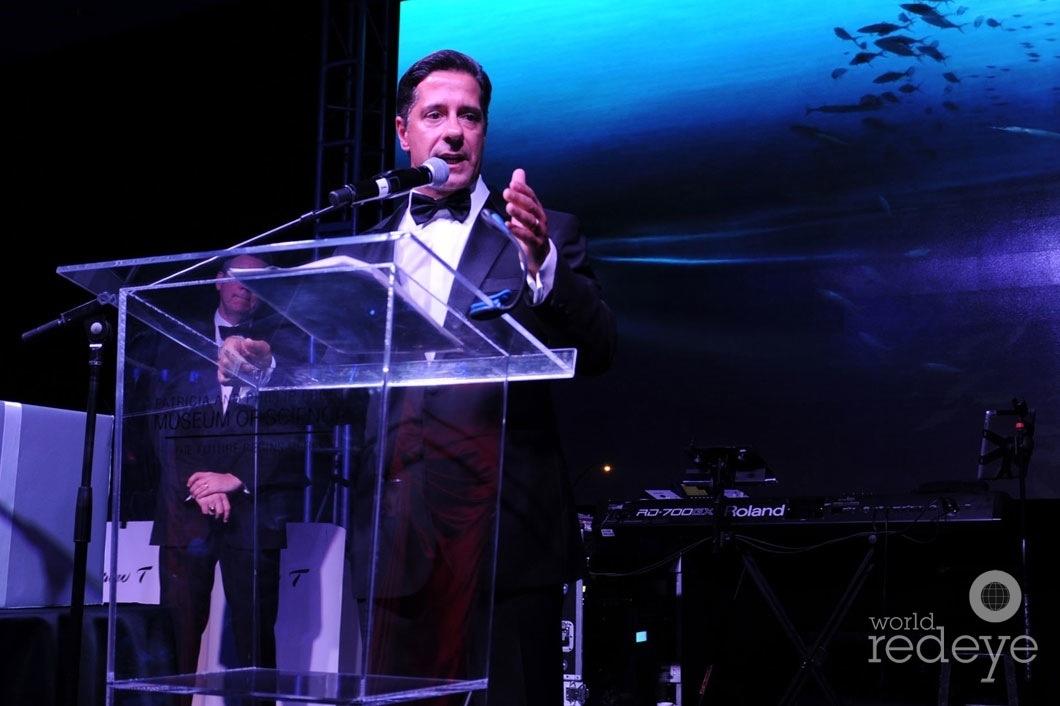 31-Alberto Carvalho speaking1