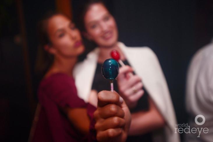 1-Lesley Van Helden & Nochtli Peralta1