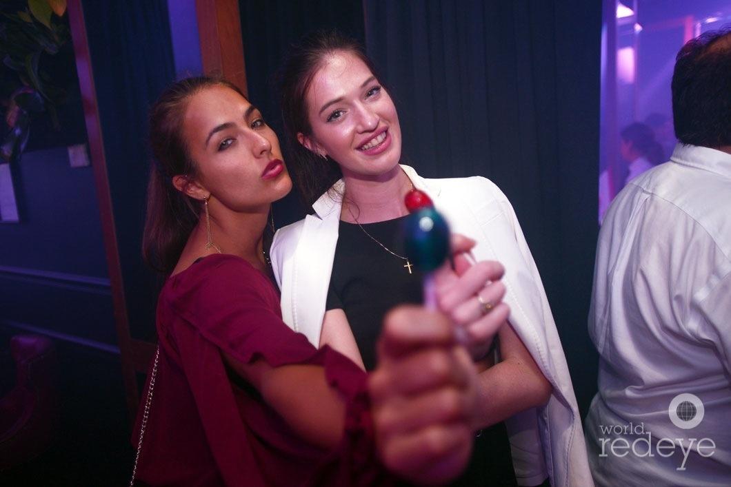 2-Lesley Van Helden & Nochtli Peralta2