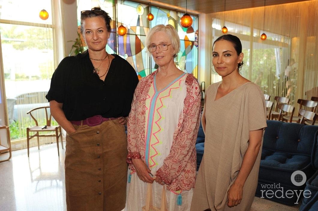 14-Dara Friedman, Paula Hayes, & Teresita Fernandez