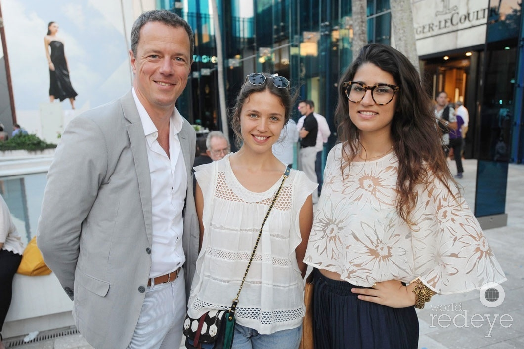 Guillaume Prot, Emily Marant, & Jessica Acosta-Rubio