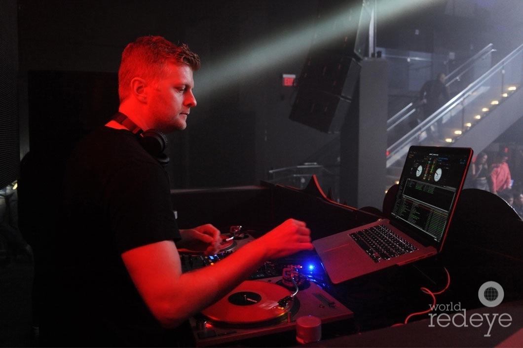 9-Joe Maz DJing5