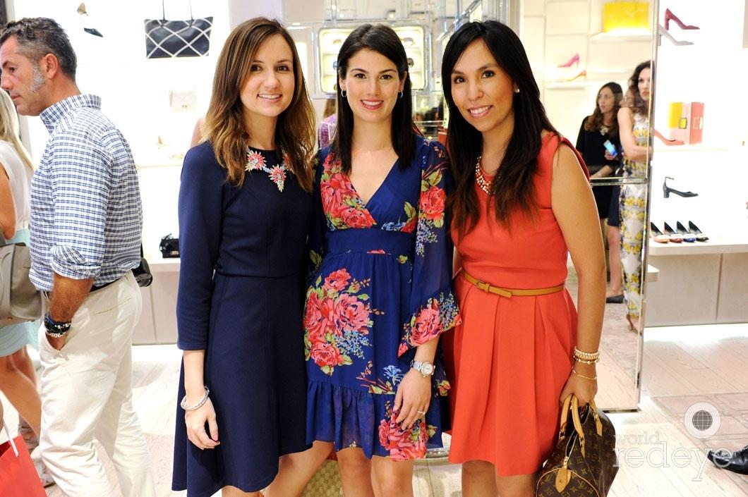 56-Laura Fernadez, Karina Alvarez, & Carla Landeo_new